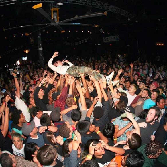 aaron crowdsurf